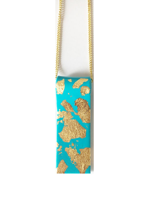 collier turquoise or plaque