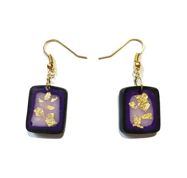 boucle d'oreille carrée violette
